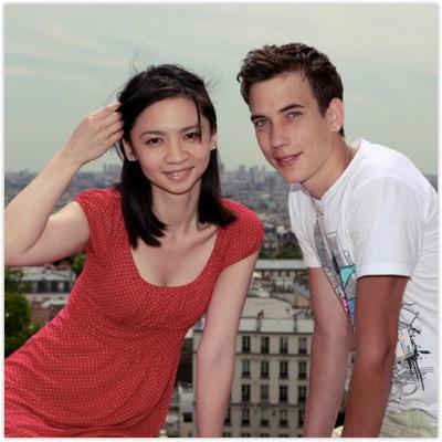 4345203115 4c06fbcf23 o Gadis Cantik dengan Misi Mencium 100 Lelaki Asing di Paris