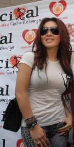 https://absoluterevo.files.wordpress.com/2011/06/hot-syahrini.jpg?w=150
