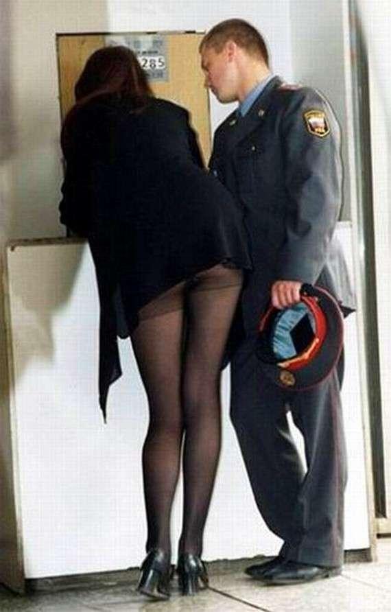 Смотреть порно онлайн в полицейском