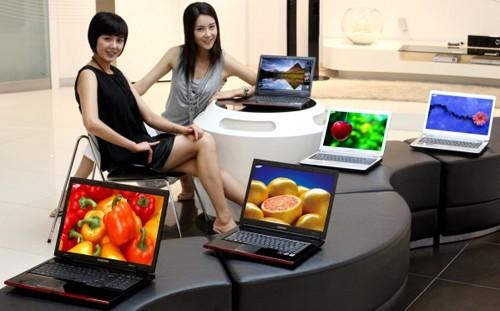 http://absoluterevo.files.wordpress.com/2011/10/tips-memilih-membeli-laptop.jpg?w=500&h=311