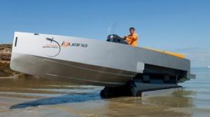 http://absoluterevo.files.wordpress.com/2011/12/iguana_29amphibious-10_seat-tender-vessel-25.jpg?w=300