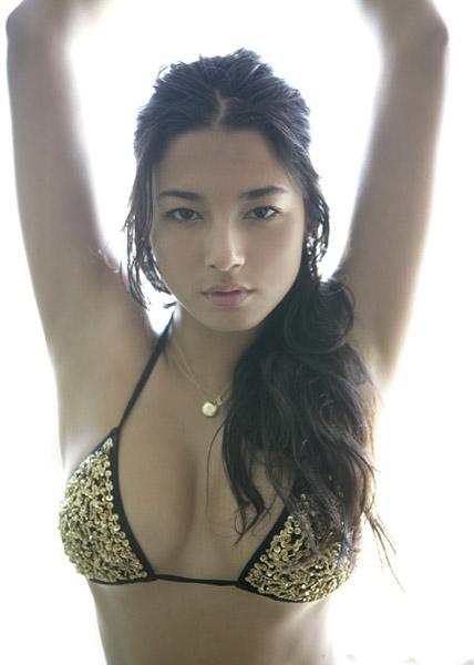 Model Singapura, Jessica Gomes Sexy