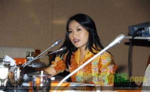 Foto Mesum Anggota DPR RI Tanpa Sensor
