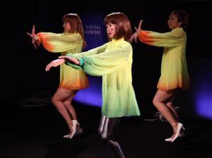 https://absoluterevo.files.wordpress.com/2012/06/dancing_robot_girl_03.jpg?w=300